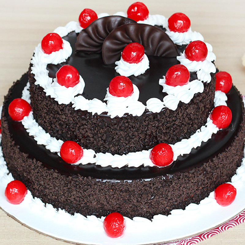 2 Tier Black Forest Cake 3 KG with Closed View
