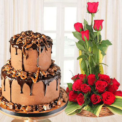 Send Kiss Day Flowers and Cake