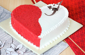 Red Velvet Cakes in Delhi