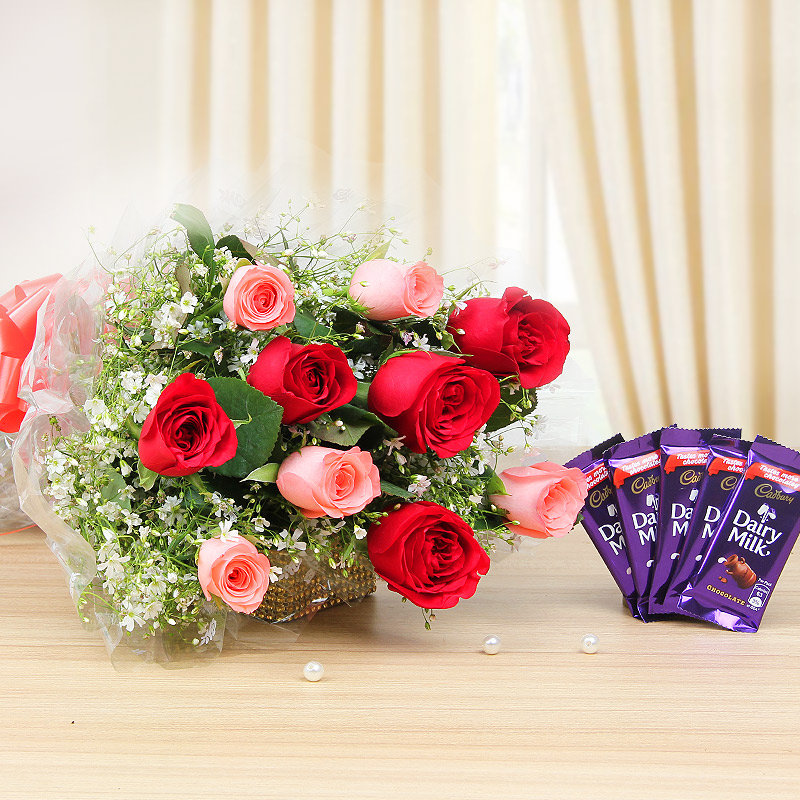Smitten In Love - Amazing combo of mixed roses bunch and chocolates