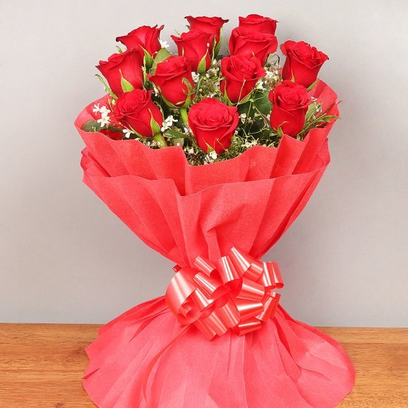 12 red roses bouquet - 2nd gift of Heartfelt Hugs