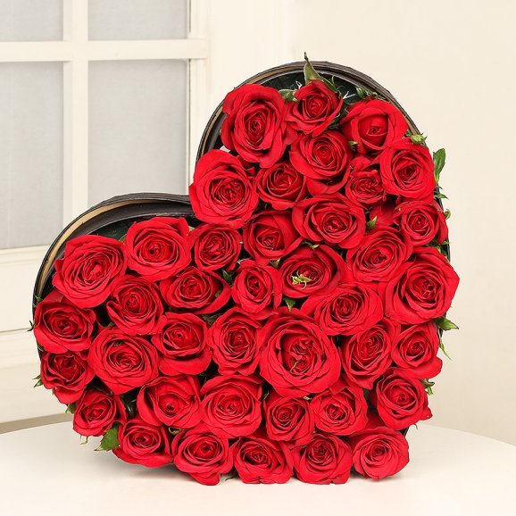 Heart shape bouquet of 35 red roses - Second gift of Cuteness Redefined