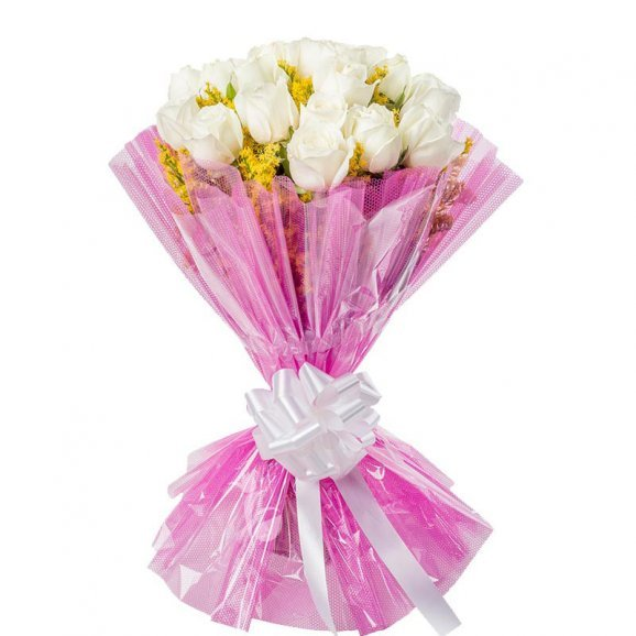 18 white Roses with Front View