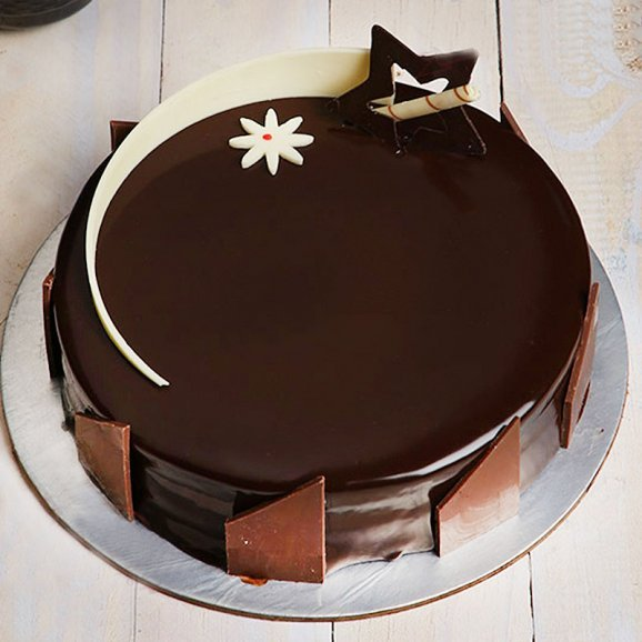 Tempting Truffle - A Half Kg Chocolate Cake