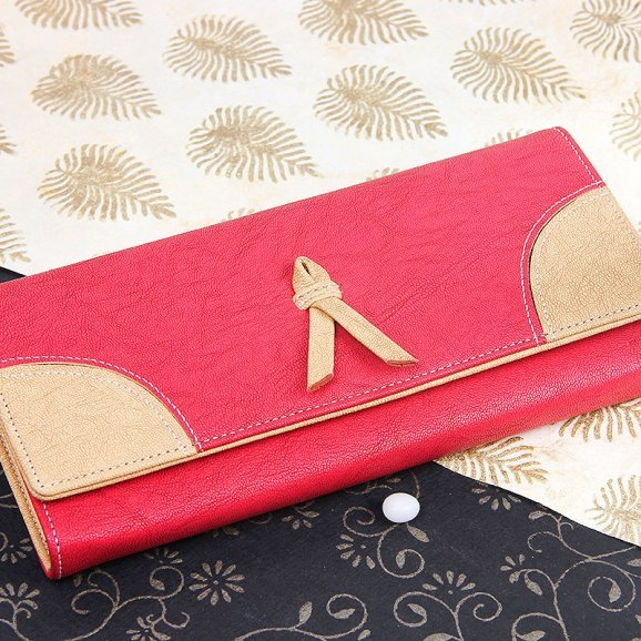 trendy red hand clutch purse for women