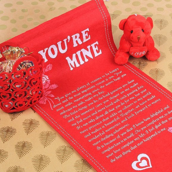 Archies quotation and red teddy combo