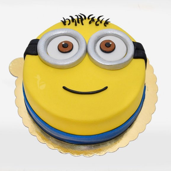 Minnion Theme Fondant Cake