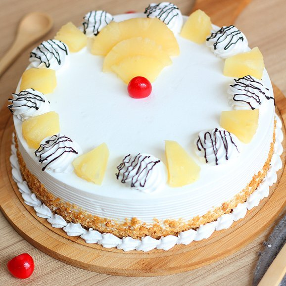 Abundant Pineapple Cake with Zoomed in View