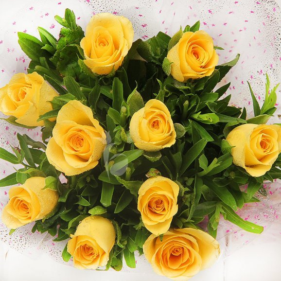 Top view of 10 yellow roses bouquet - A gift of Love Infused Tokens Combo