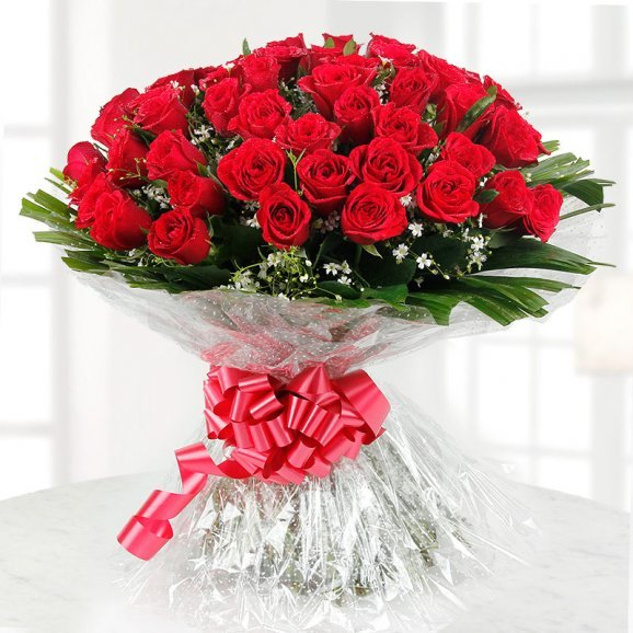 100 Red Roses Bunch