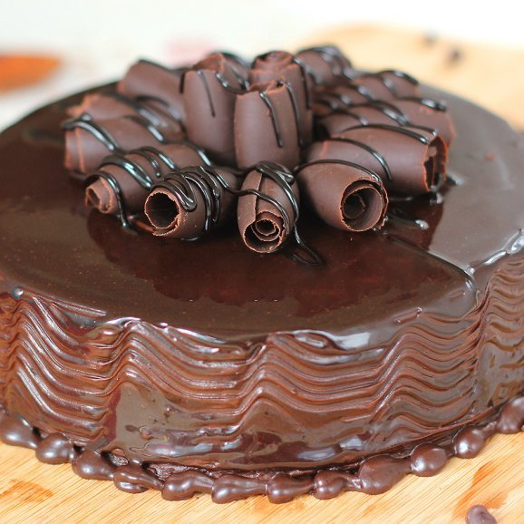 Captivating Choco -Truffle Cake with Zoomed in View