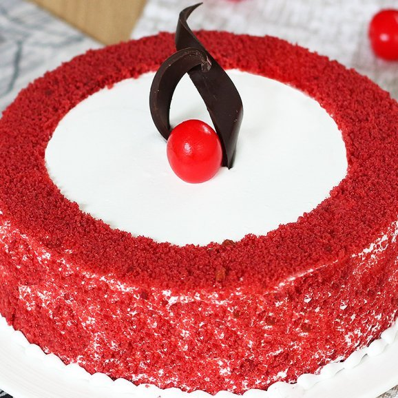 Cherrylicious Red Velvet Cake with Zoomed in View
