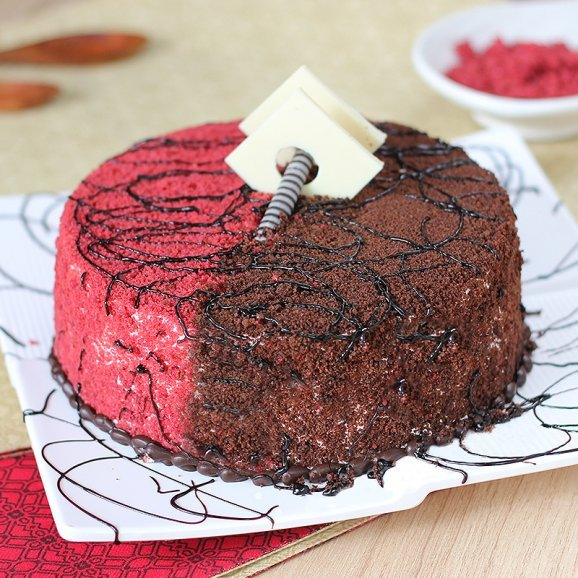 Red Velvet Cake with Normal View