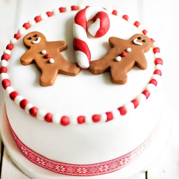 Christmas Gingerbread Man Cake - A Fondant Christmas Cake