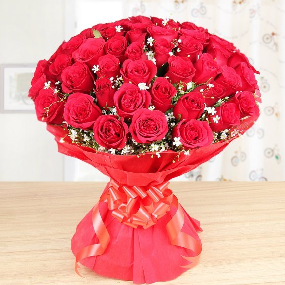 Bouquet of 50 red roses - Part of Cute Love Essentials