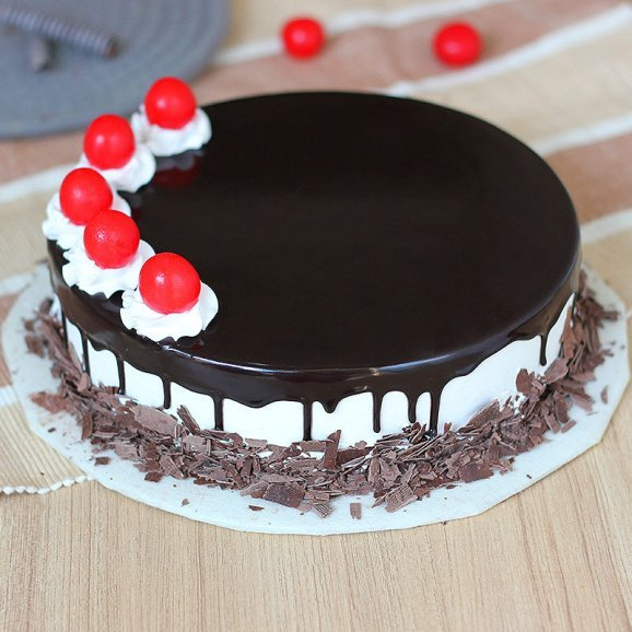 Enthralling Black Forest Delight Cake