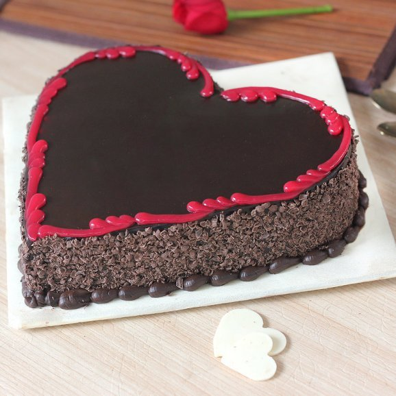 Marriage Anniversary Heart Shape Chocolate Cake Zoomed View