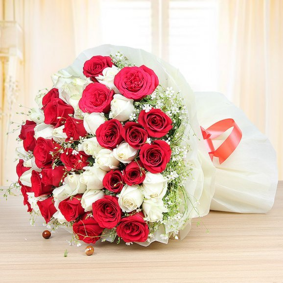 Gorgeous Blooms - Bunch of 25 red and 25 white roses