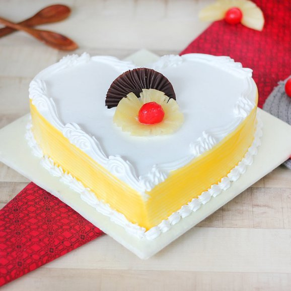 Heart Shaped Pineapple Flavored Cake with Normal View