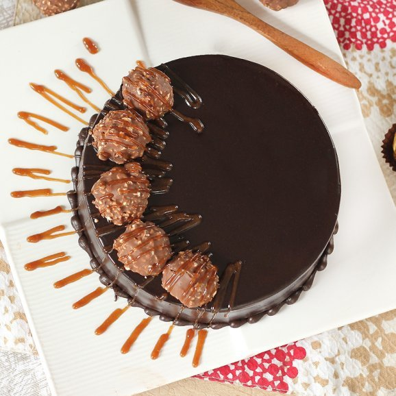 Top view of Ferrero rocher cake - A gift of Heavenly Creations Combo