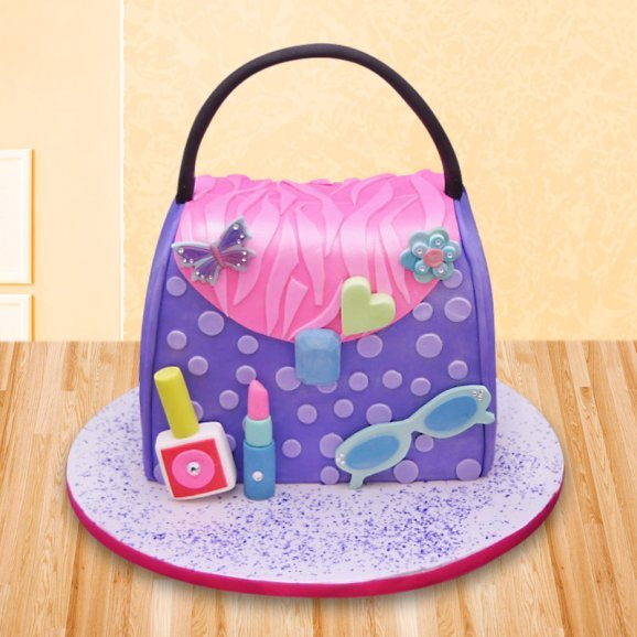 Purse fondant cake for girls