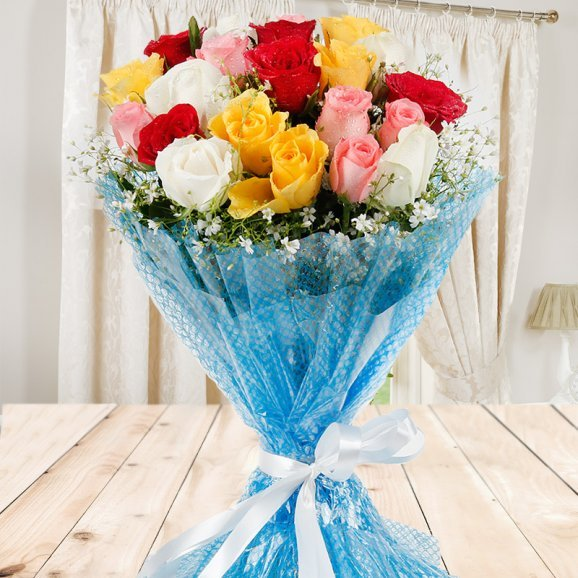 Front view of 20 mixed Roses bunch - First gift of Magic Of Bond