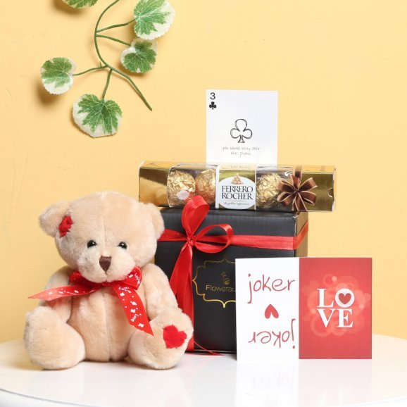 Love Combo of Teddy and Chocolate with a Card