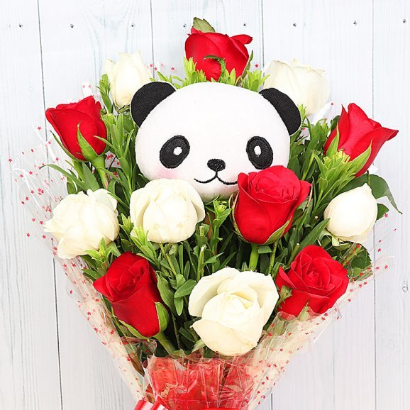 Zoomed view of Panda Roses - Bouquet of Panda and Roses