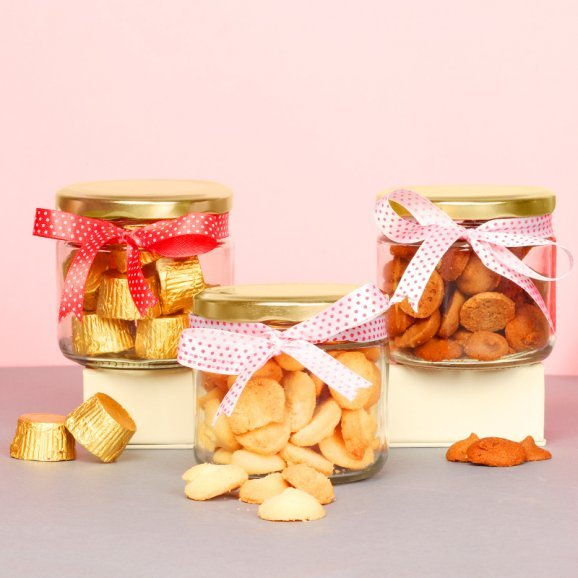 Cookies and Chocolates Gift Combo