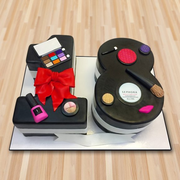 Makeup Kit Fondant Cake For Eighteenth Birthday