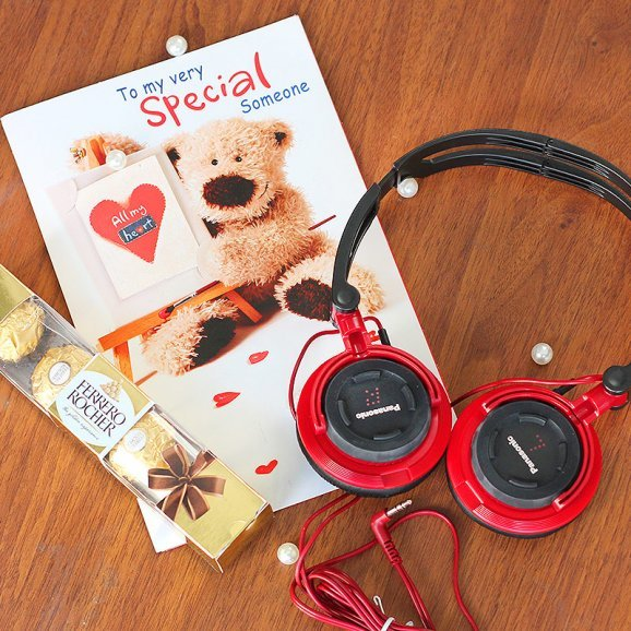 Card and chocolates with headphones combo