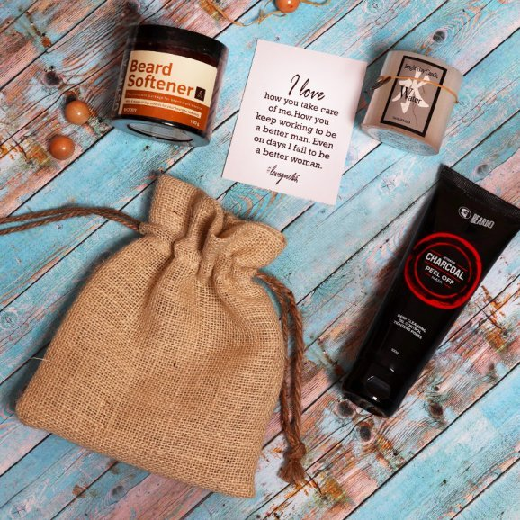 Peel Off Mask and Beard Softener with an Aromatic Candle