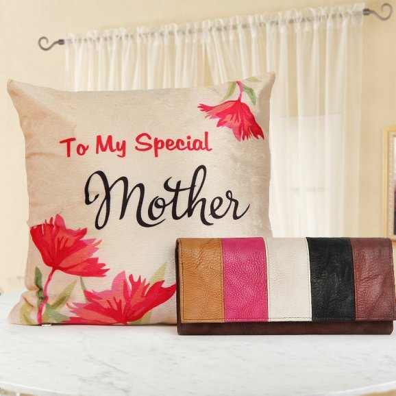 Warm Smiles For Mom - A Gift for Mother appreciation