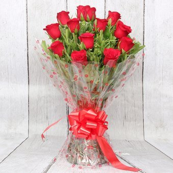 Bunch of 20 Red Roses with Front View