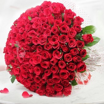 150 Red Roses Bunch with Top View