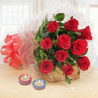 10 Red Roses Bunch with 2 Diyas