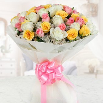 Bunch of 50 beautiful mixed color Roses with Front View