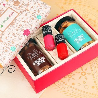 100 Gms Coconut Cookie Chocolate Two Maybelline Nail Paint