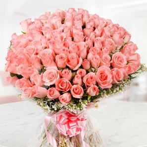 A 150 Pink Roses Bunch in Front View