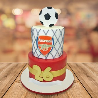 Arsenal football fondant cake