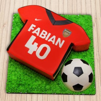 Arsenal football cake for boys