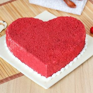Benevolent Heart Shape Red Velvet Cake with Normal View