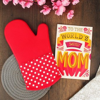 Sweetest Mom Card and Oven Glove Combo