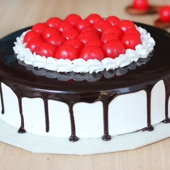 Cherry Black Forest Cake - Zoom View