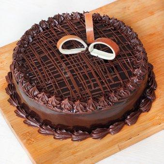 Chocolate Cake Any celebration - for online delivery in Chennai