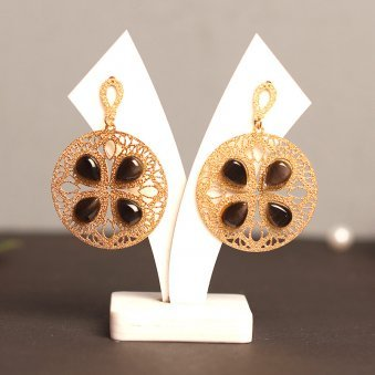 Circular Shaped Cat Eye Stone Earring