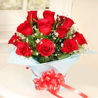 Vase Arrangement of Twelve Red Roses