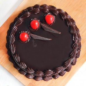 Top angle of half kg Choco Truffle eggless cake - Main gift of Everlasting Smiles combo