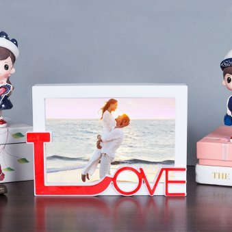 Red Love Table Photo Frame