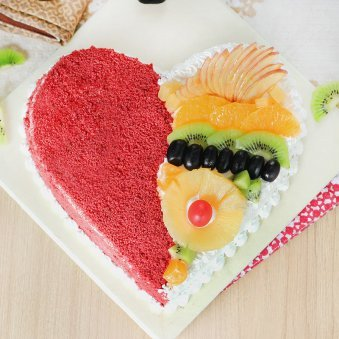 Heart Shape Red Velvet Fruit Filled Cake with Normal View